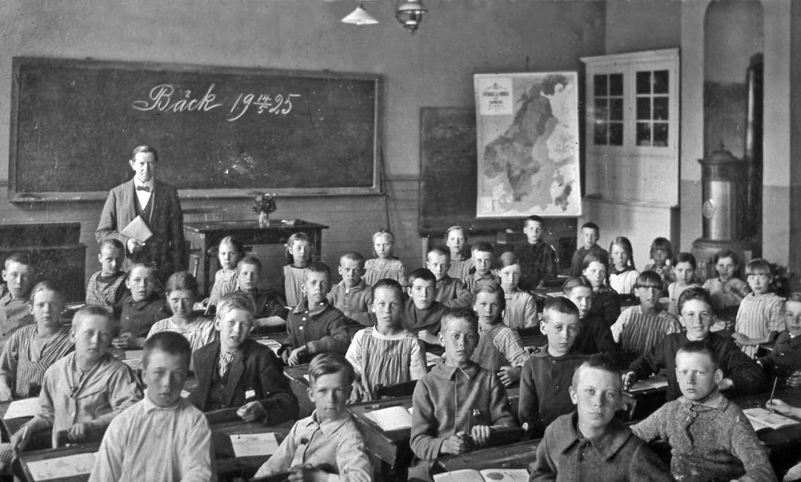 Tyst i klassen med bade piska och morot